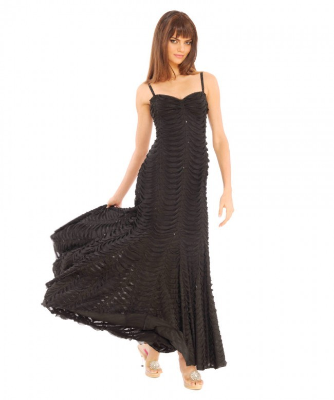 ruffles twinkles maxi dress betsey johnson