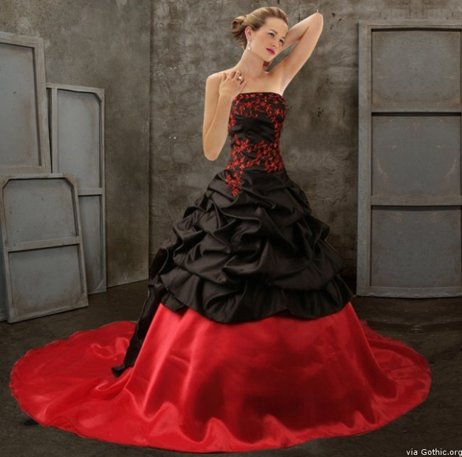 Blood Pond Gothic Wedding Gown