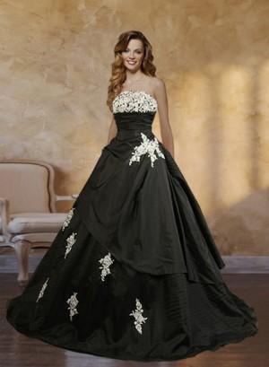 Magpie Black Ballgown