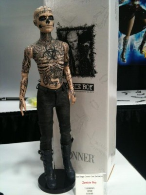 zombie-boy-tonner-doll-sdcc-2012-11