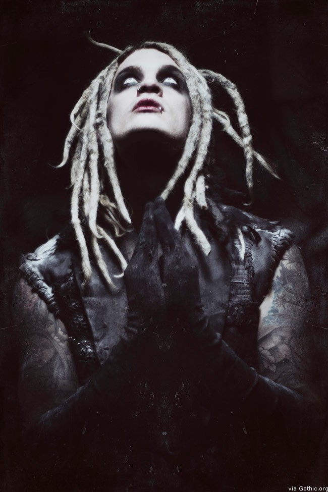 davey suicide goth rocker